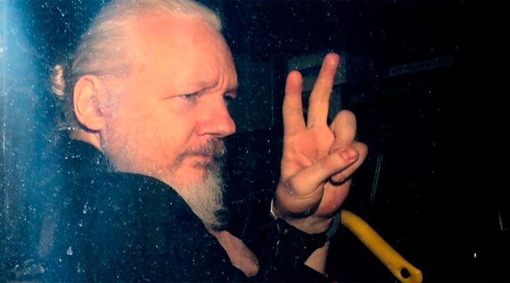 СЛЕД МОСКОВИИ. Основатель WikiLeaks Джулиан Ассанж активно работал на ГРУ
